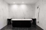 Freistehende Badewanne groß